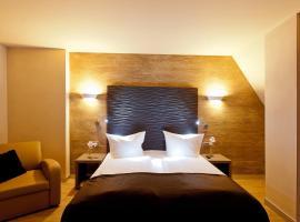 Artim Hotel,