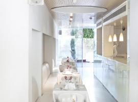 Alenti Sitges Hotel & Restaurant,