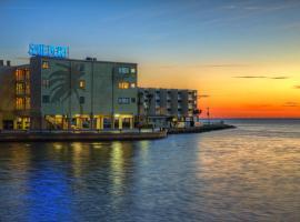 Sailport Waterfront Suites,