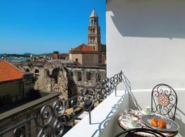 La Porta Luxury Rooms,