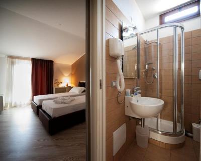 La Terrazza Sul Porto - Guest House, Bed & Breakfasts Alghero