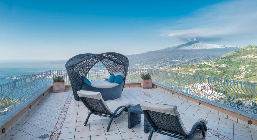 Villa Le Terrazze Charming Rooms Via Leonardo da Vinci 71/C Taormina