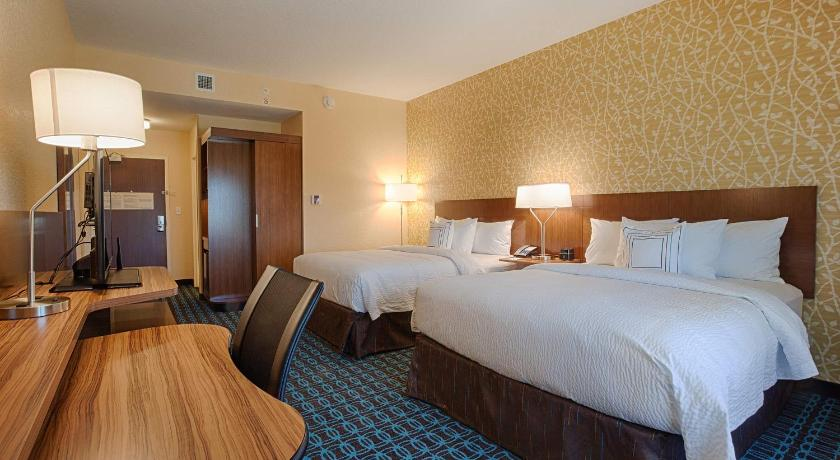 Fairfield Inn Suites By Marriott Clearwater Beach