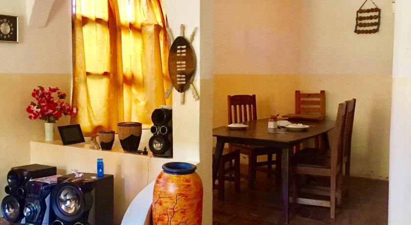Akogo House (formerly Pure Aroma House) Beach Road 7019 Mombasa