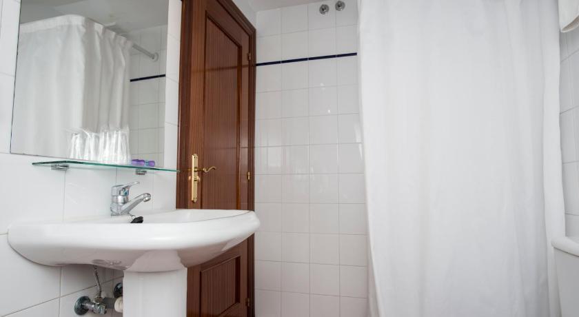 Hotel Marqués De La Moral-12691165