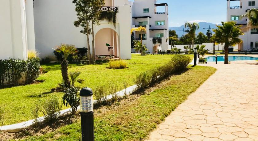 Maha Beach Resort Cabo