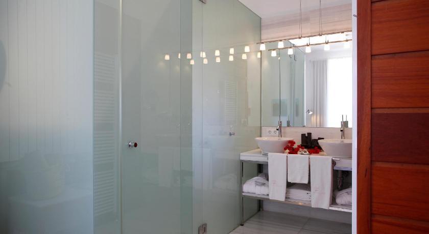 Sa Cabana Hotel & Spa-14387887