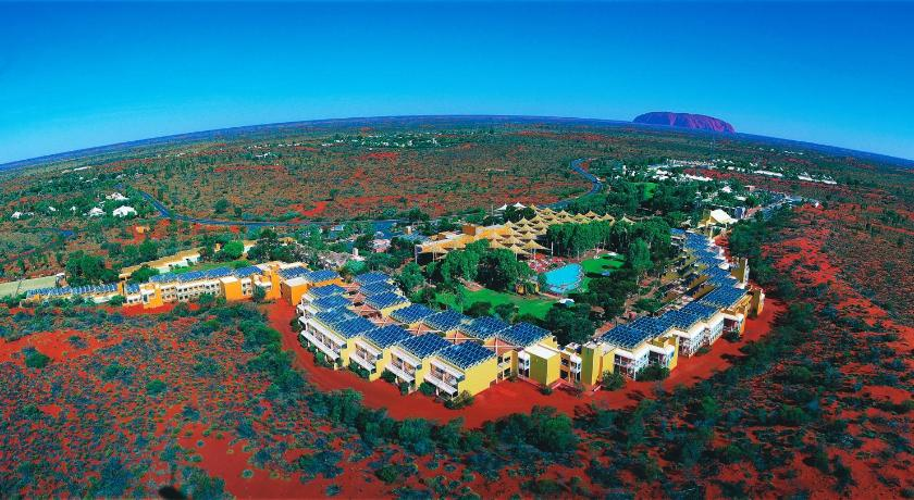 Airport Hotel Ayers Rock: Hotels at Curtin Springs Airport - Hotel ...