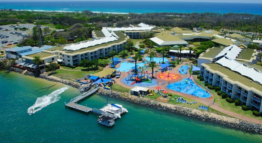 Sea world resort water park seaworld drive gold coast sea world resort water park gumiabroncs Image collections