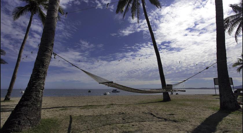 Travellers Beach Resort 19 Wasawasa Road, Wailoaloa Beach Nadi
