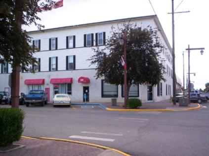 Click To See More Photos Of Vulcan Hotel