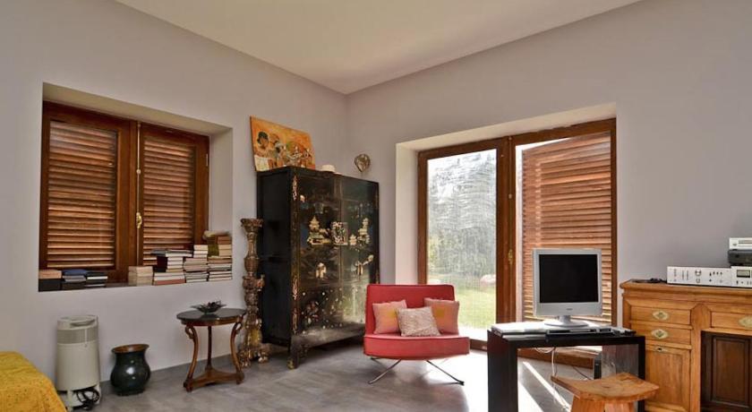 Design luxe villa house balinaise montée de cachène aix en
