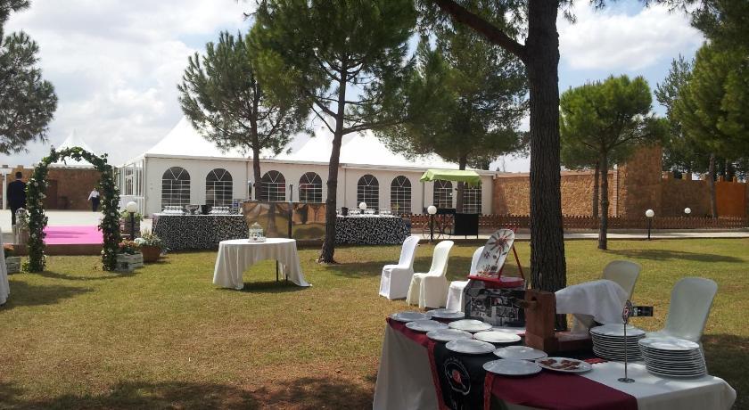 Hotel Viñedos Y Bodegas El Castillo-13142667