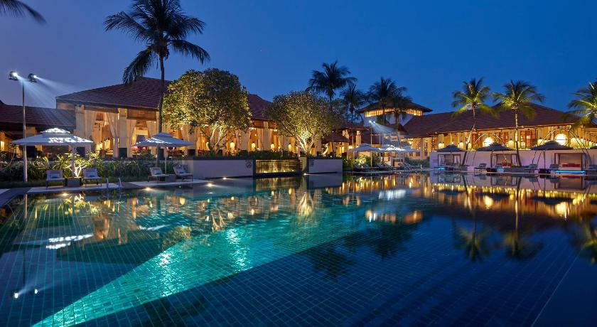 Sofitel singapore sentosa resort spa formerly the for Villa du jardin singapore