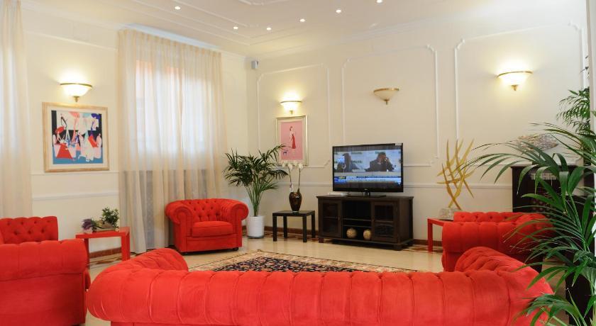 Hotel Riviera Varazze Via Camminata Inferiore 16/18 Varazze