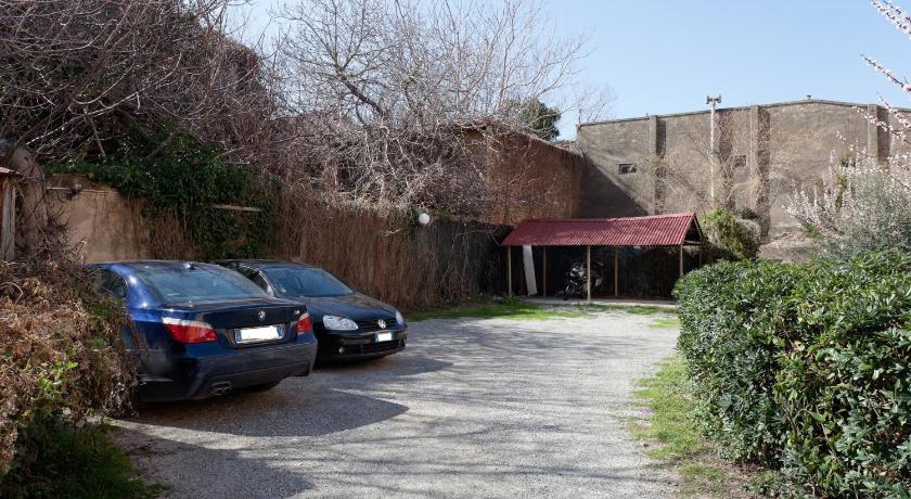 Parking hotel giardino piazza g. mazzini 85 livorno