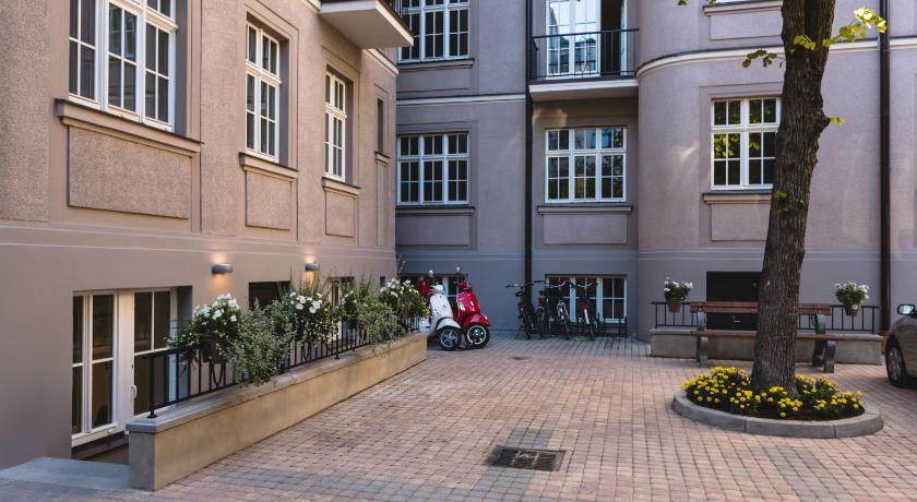 Riga Lux Apartments   Skolas