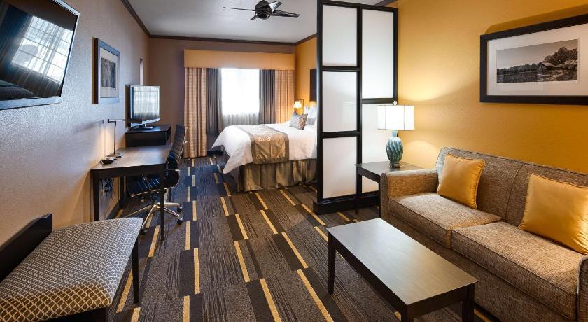 Beau Best Western Plus Emerald Inn U0026 Suites