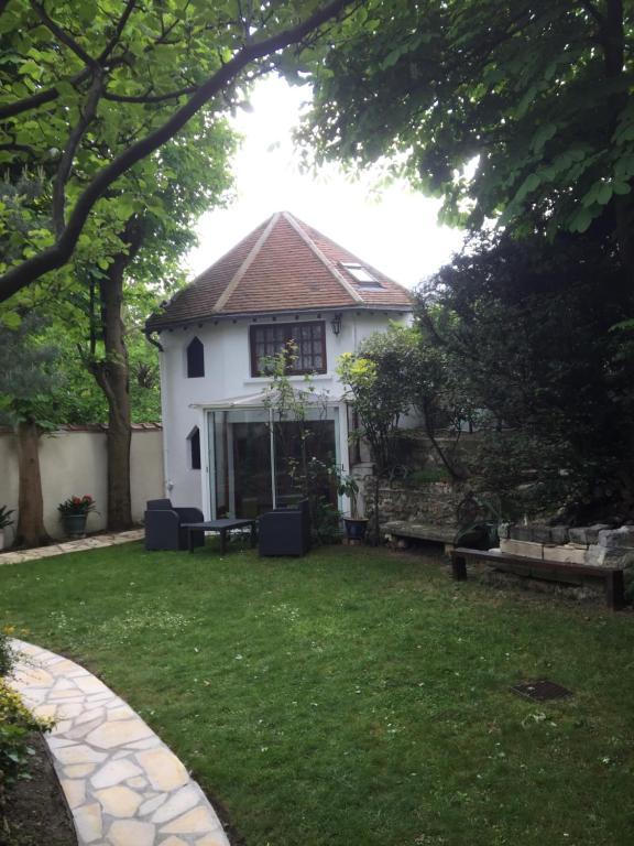 Petite maison du jardin, Ferienhaus Rosny sous Bois