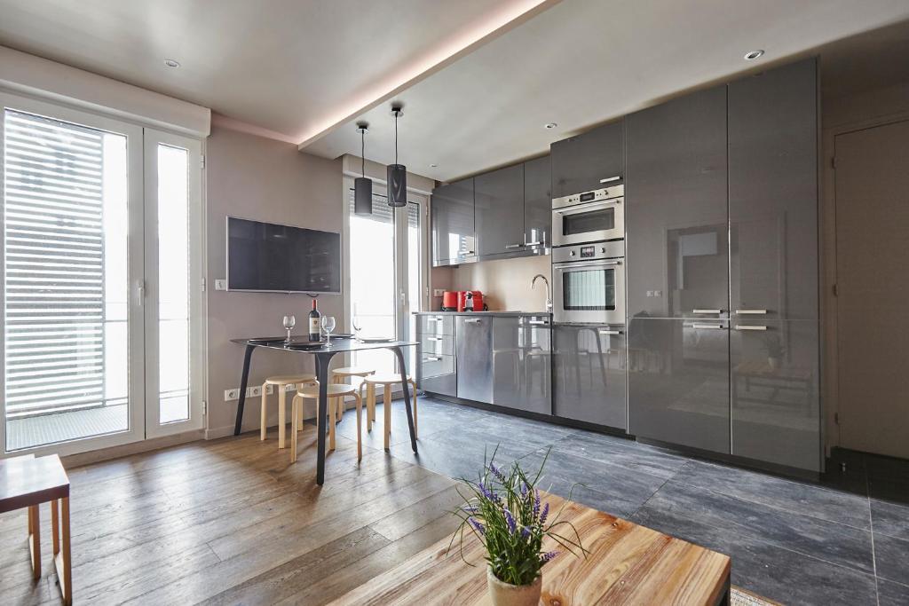 Apartment Cardinet, Apartment Paris