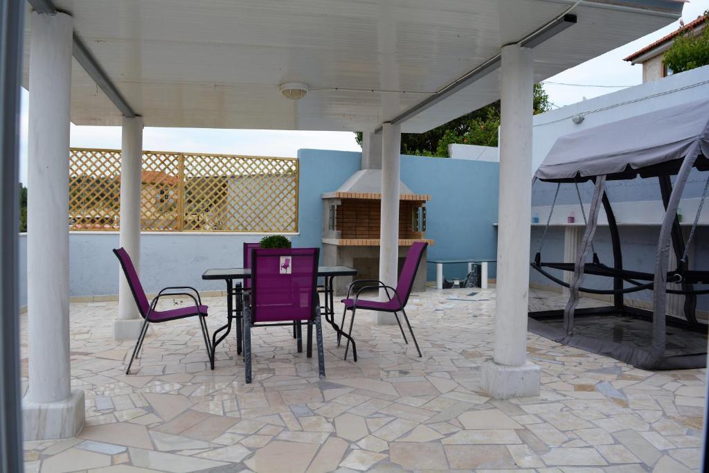 Ambrosia house koskino prenotazione on line viamichelin for Piani patio gratuiti