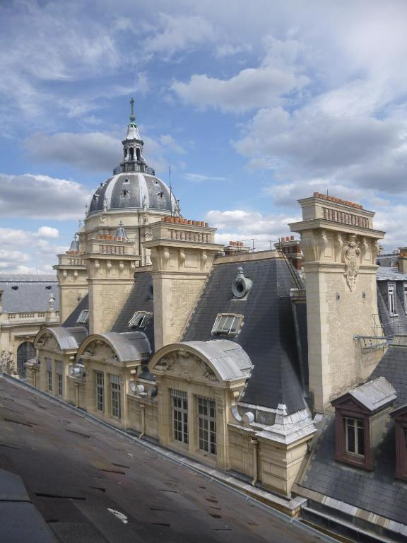 Hotel design sorbonne par s reserva tu hotel con for Hotel design sorbonne paris 6 rue victor cousin 75005