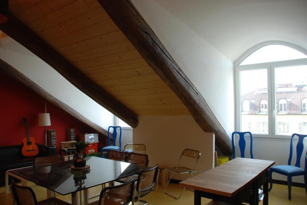 Attic hostel torino turin viamichelin informationen for Hostel turin