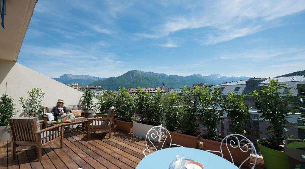 Hotels In Annecy France With Parking