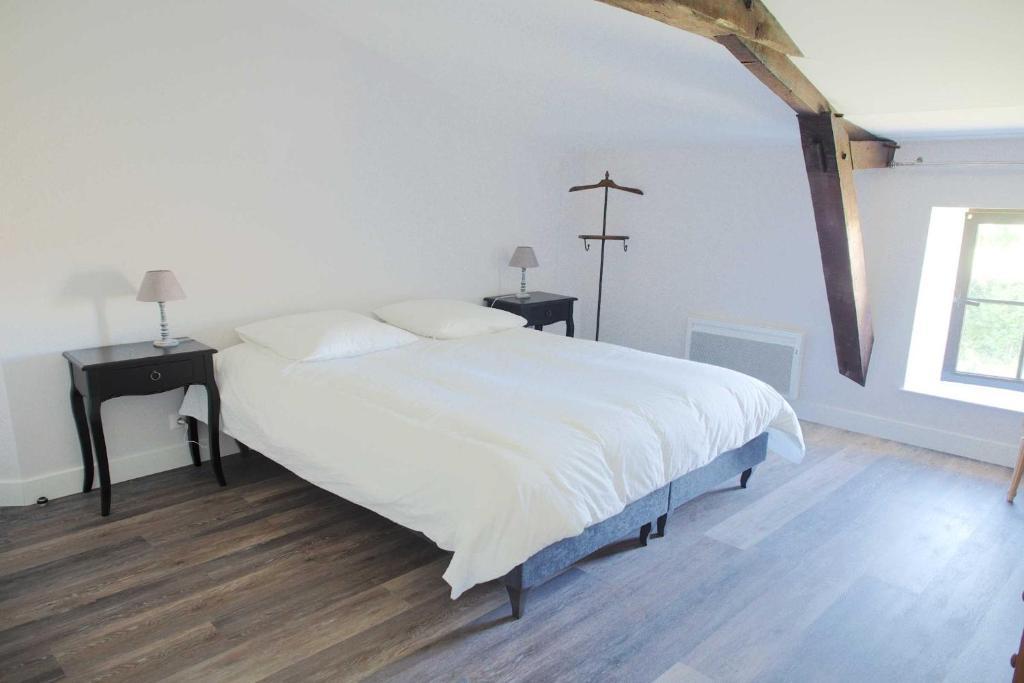 chambres d 39 h tes hameau de la landri re chambres d 39 h tes saint mal du bois en vend e 85. Black Bedroom Furniture Sets. Home Design Ideas