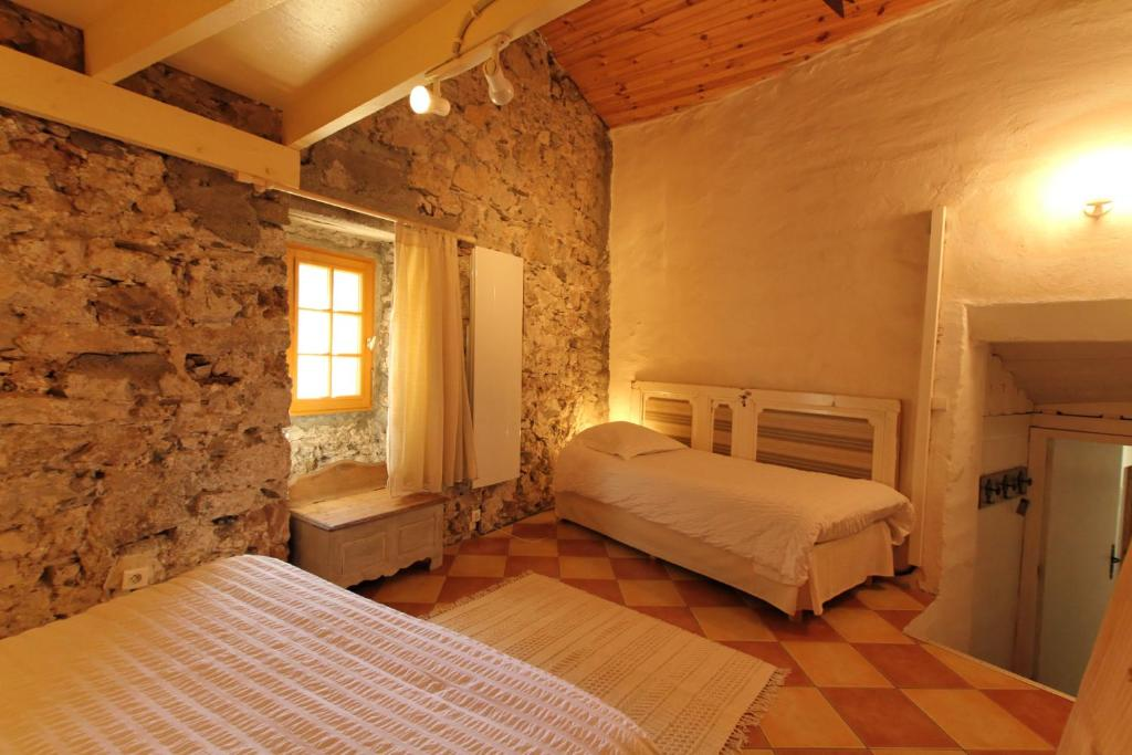 L 39 ammonite chambre table d 39 h tes r servation gratuite - Chambres d hotes bourg saint maurice ...