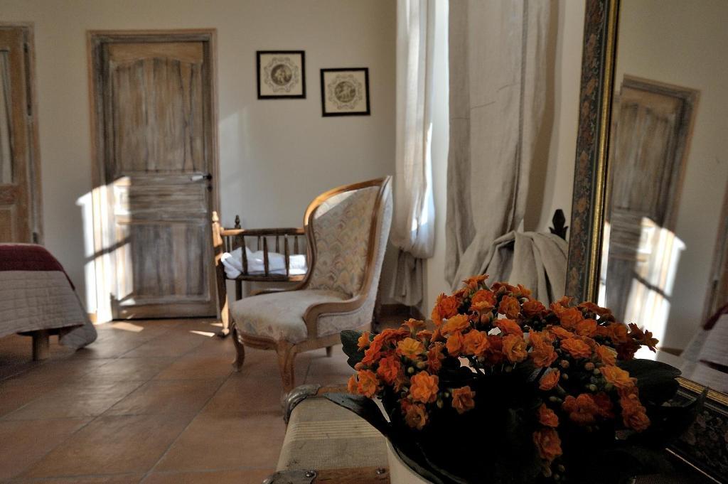Mas de lure salon de provence informationen und for Bb hotel salon de provence