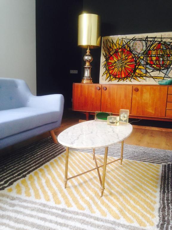 Chambre d\'hôtes Rose-INN appartement, Chambre d\'hôtes Orange