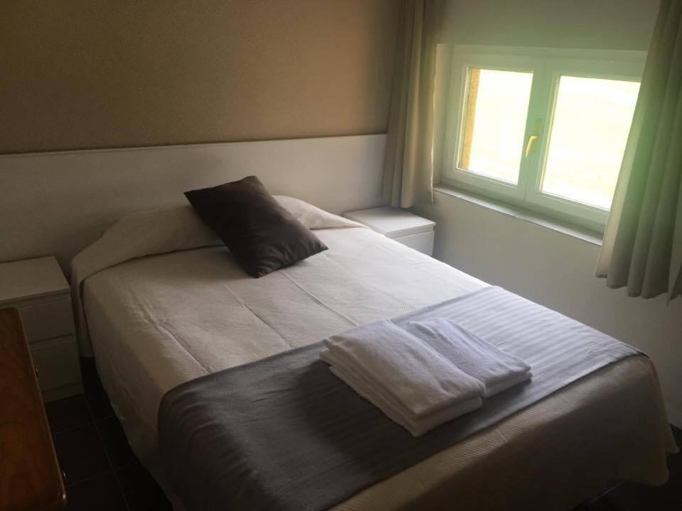 Hostal el paso gama reserva tu hotel con viamichelin for Habitaciones familiares santander