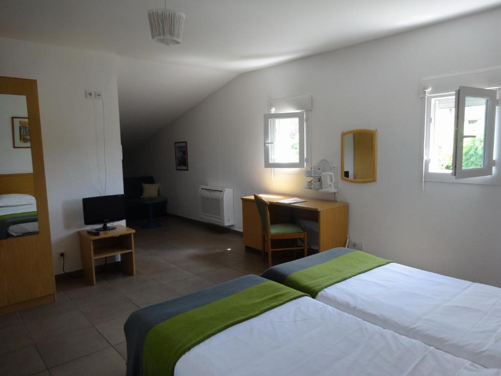 golf hotel de digne les bains r servation gratuite sur viamichelin. Black Bedroom Furniture Sets. Home Design Ideas