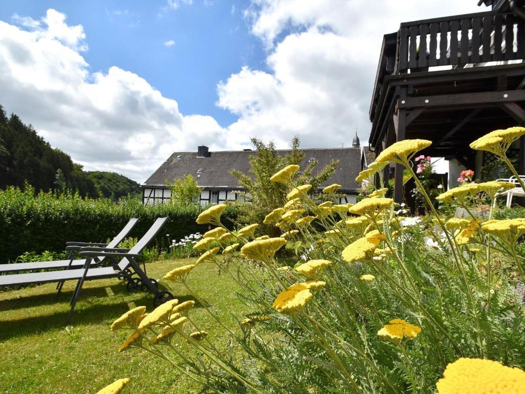 Modern Ferienhaus in Deifeld mit privater Garten Ferienhaus