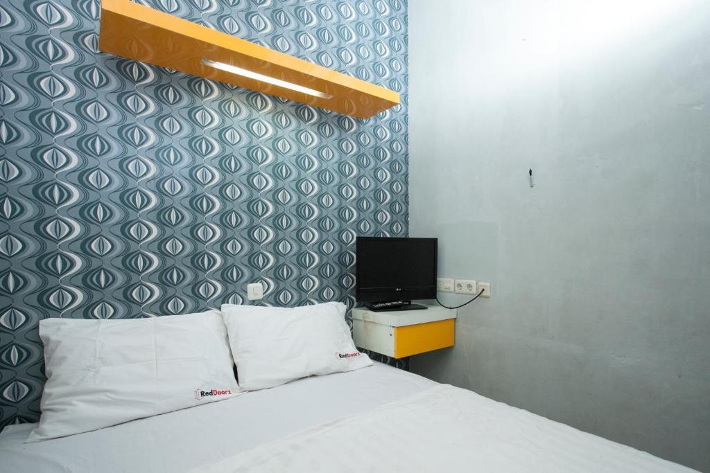 Top 10 Hotels Near Surabaya (SUB-Juanda) in Surabaya