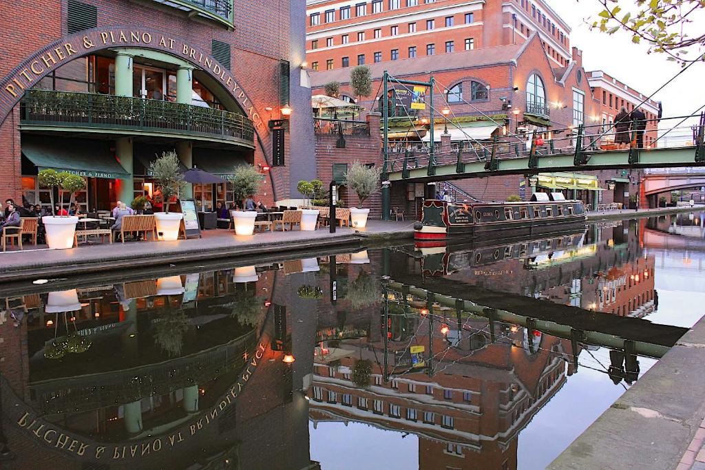 Birmingham Hotels With Bath In Room