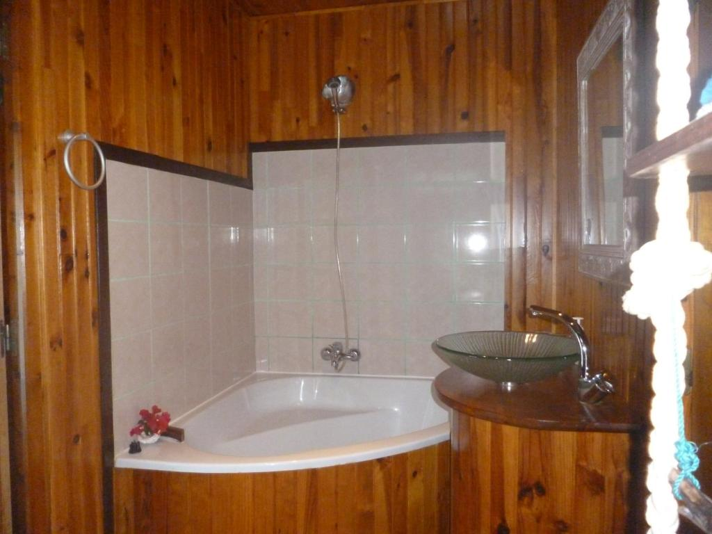 Villa U Upa Habitaciones En Casas Particulares En Uturoa
