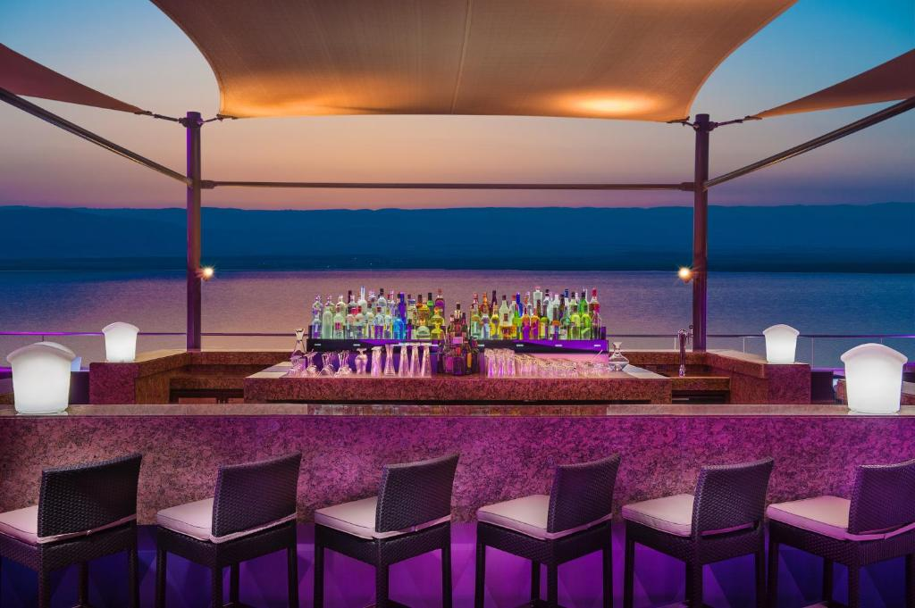 Email sector Mexico  Hilton Dead Sea Resort & Spa - Holiday residences in Sowayma (Jordan)