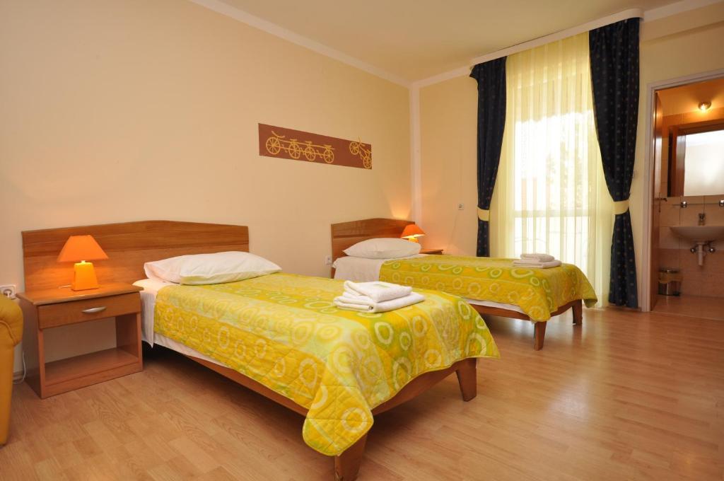 Hotel Villa Cezar