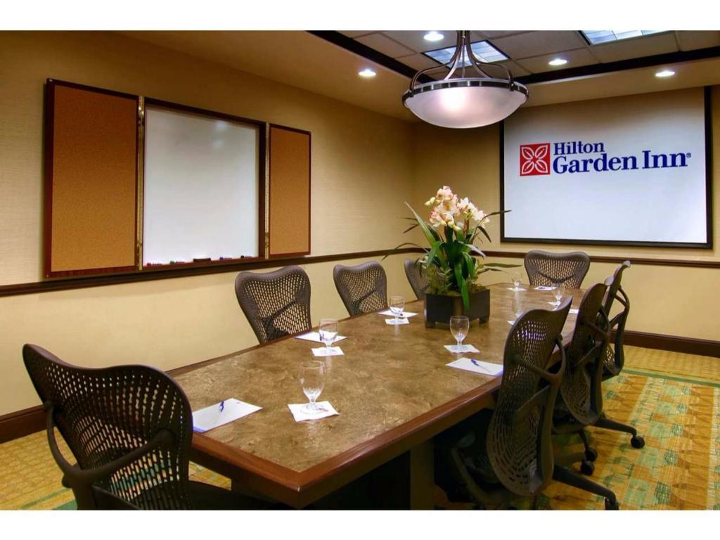 Hilton Garden Inn Lakeland Lakeland Book Your Hotel With Viamichelin