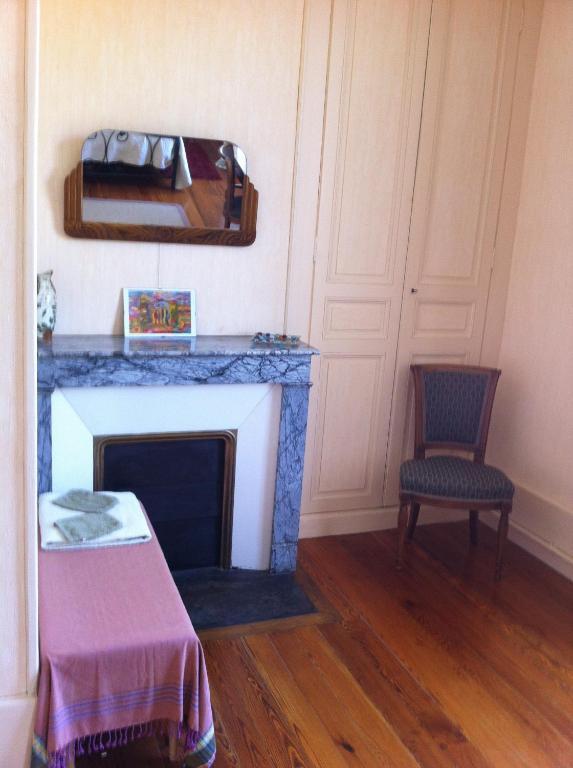 Chambre Dhtes La Graineterie Chambres Villeneuve LArchevque
