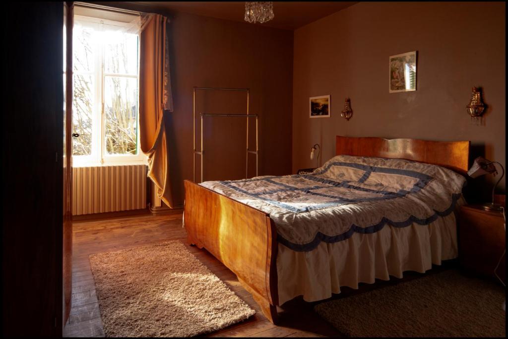 Camere Da Letto Art Deco : Maison d hôte art déco affittacamere saint saud lacoussière
