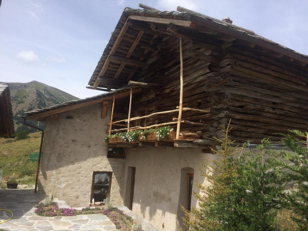 Appartamento In Rascard Maison De Vacances Lignan Val D Aoste