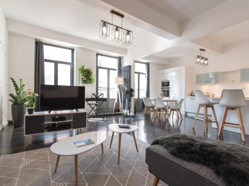 Vaste Appartement Hypercentre Appartement Grenoble - Ustensiles de cuisine grenoble