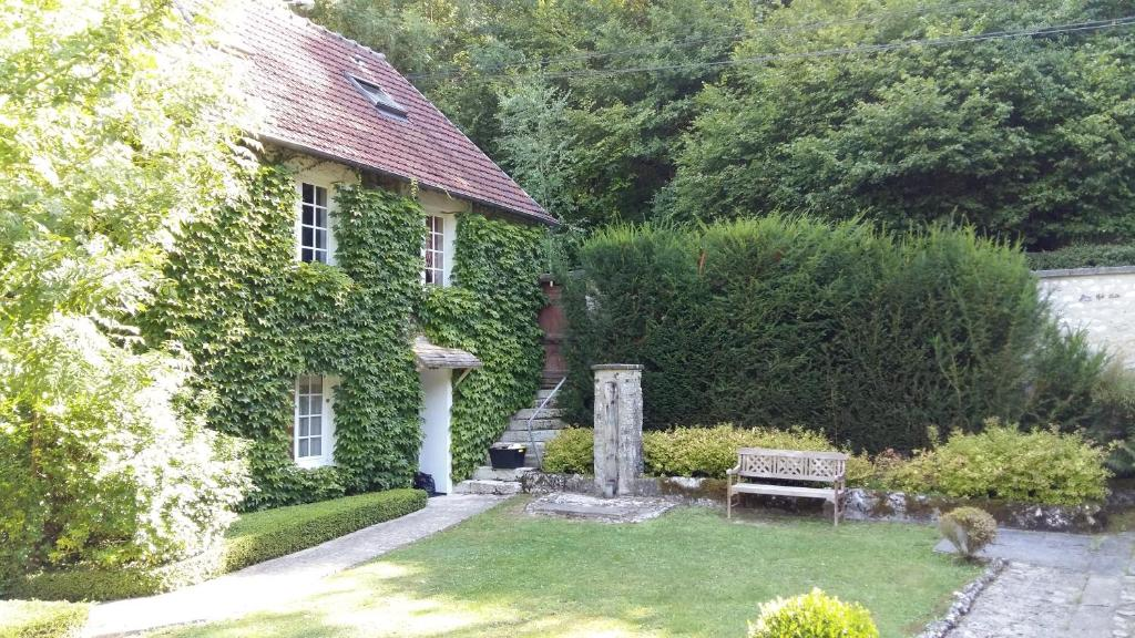 Maison d\'hotes Les Jardins du Val, Gästezimmer Port Villez