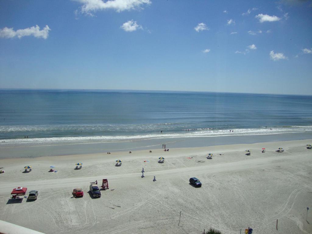 Ocean Breeze Club Hotel Daytona Beach Fl
