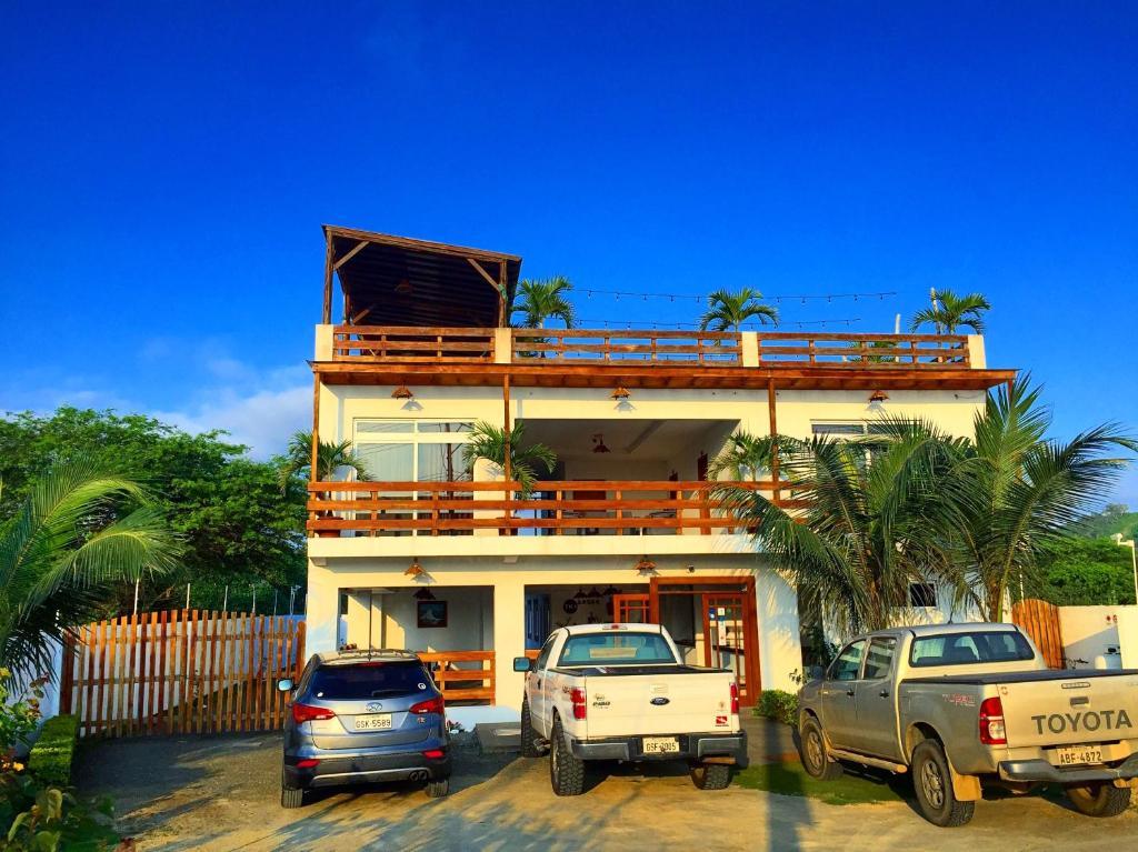 Hotel ummagumma manglaralto reserva tu hotel con for Habitaciones familiares italia
