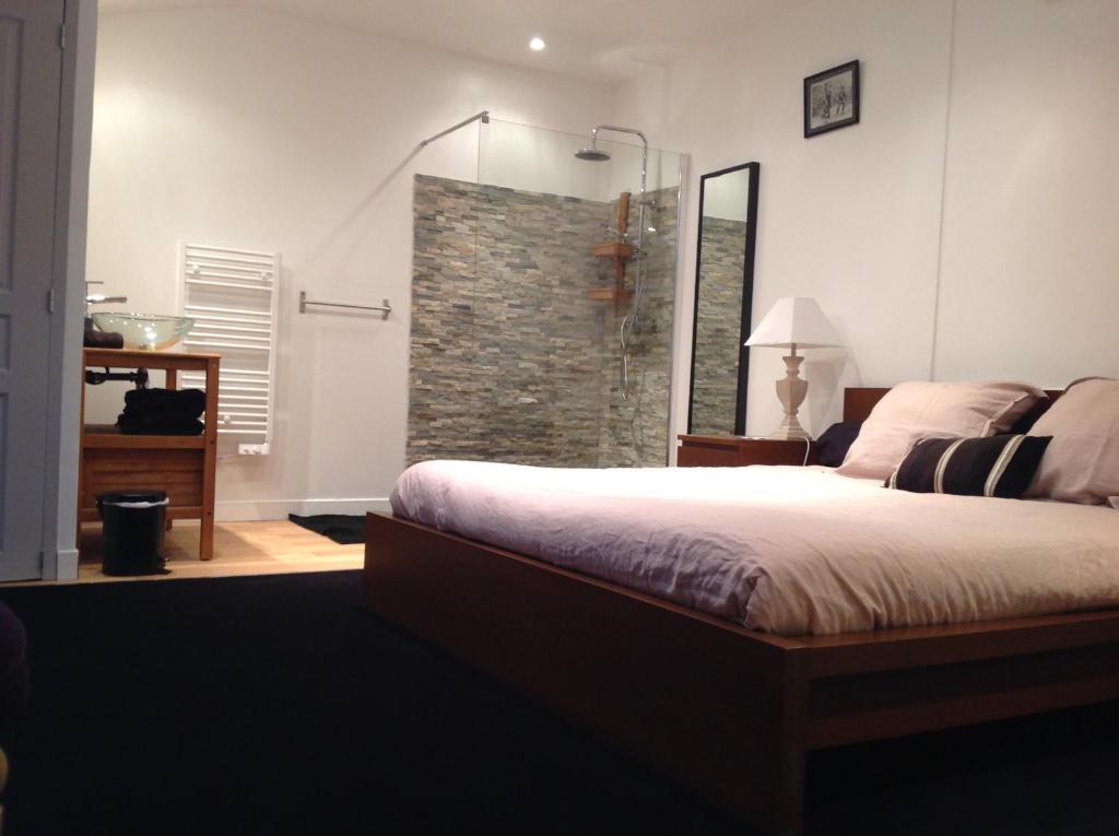 Camera Letto Bordeaux : Affittacamere guest room bordeaux centre affittacamere bordeaux