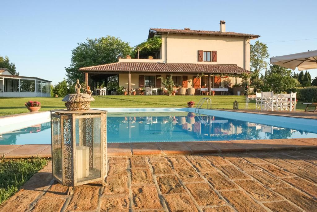Casa tentoni guest house misano adriatico reserva tu - Hotel misano adriatico con piscina ...